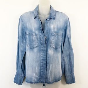 Cloth & Stone Distressed Chambray Split Tail Top